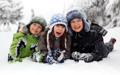 Что одеть в мороз? Подбираем одежду школьнику в холодную погоду. Обморожение у детей: признаки, стадии. первая помощь при обморожении.