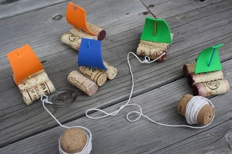 Поделки с детьми. Кораблик, самая летняя поделка. Как сделать кораблик из природных материалов.