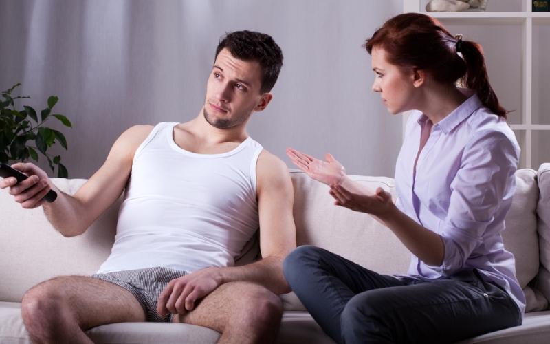 Что делать если муж потерял работу. Как побудить мужа зарабатывать, стоит ли разводиться с безработным мужем. Может ли мужчина быть домохозяином?