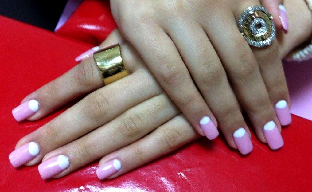 Фото ногтей френча внизу ногтя