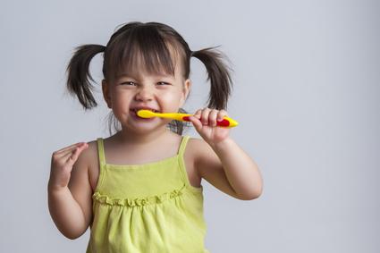 Какую зубную пасту выбрать для малыша