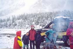 Снегопад в долине Актру