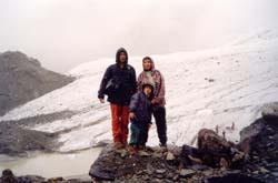 Под ледником Большой Актру